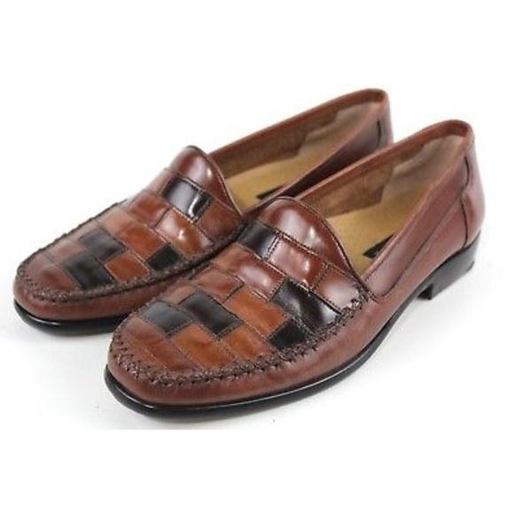 73755a1d76f5 Giorgio Brutini Other - Giorgio Brutini Le Glove Brown Weave Loafers